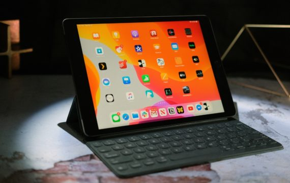 At Amazon, Apple's Magic Keyboard for iPad drops to $250