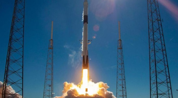 Live inclusion of center of the night Starlink dispatch, SpaceX ready